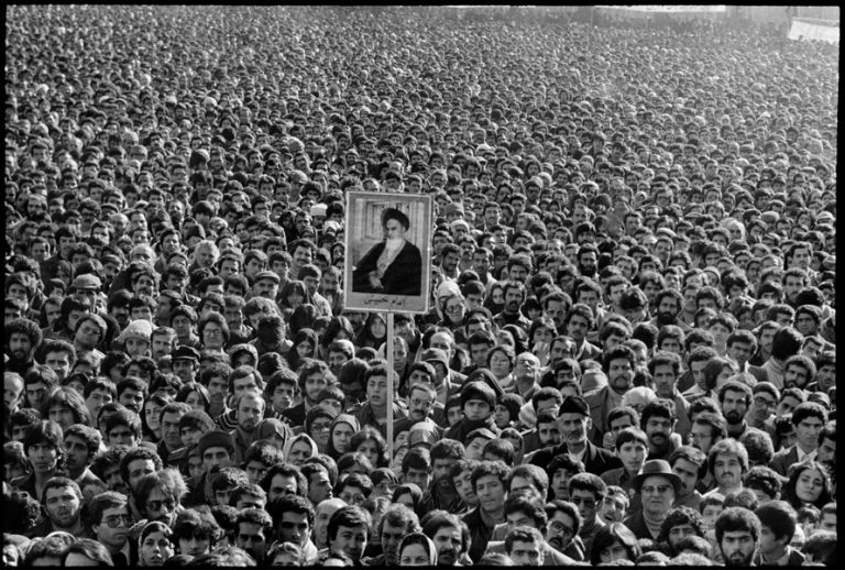 The Iranian Revolution on MagnumPhotos.com