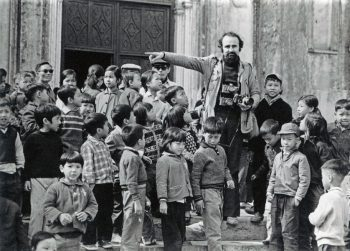 VIETNAM. Hanoi. 1975. Photographer ABBAS among children, at the end of the war.